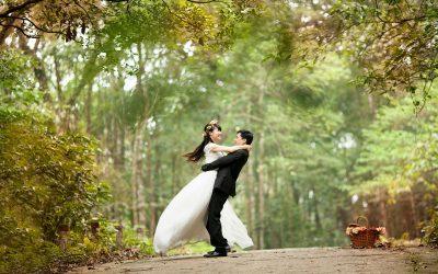 Cele mai bune 50 de sfaturi pentru căsătorie DIN TOATE TIMPURILE (de la 50 de experţi în căsătorie)